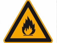 Warnschild Feuergefährliche Stoffe